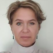 Olena L. headshot